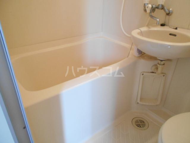 プランニングバンクビル西院 201号室の風呂