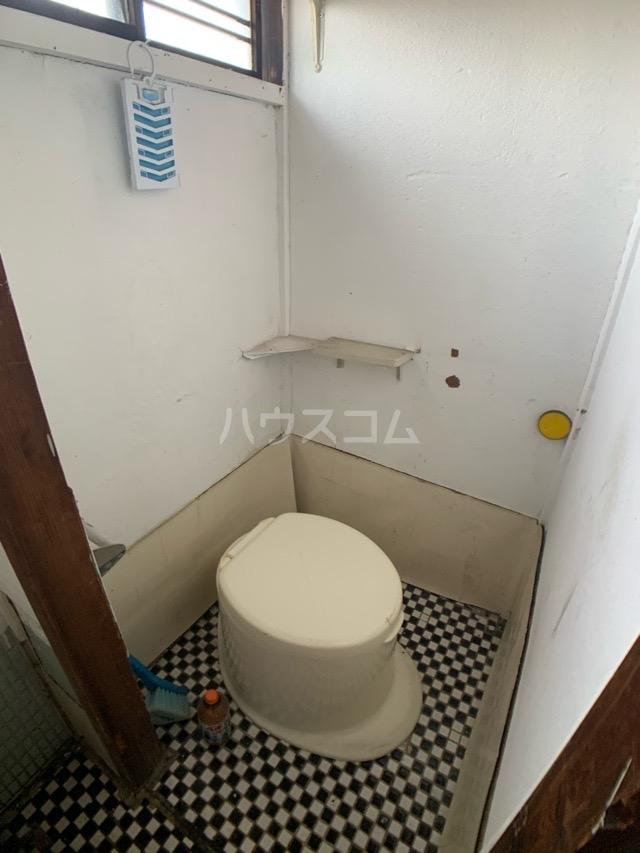 春日井上ノ町貸家のトイレ