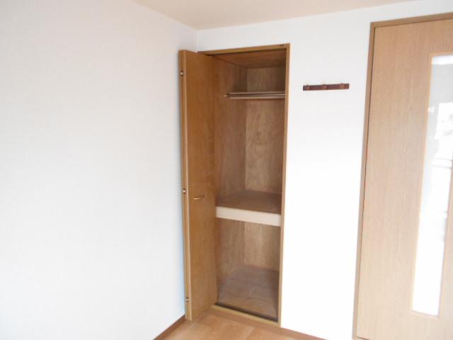 CASA井 3-B号室の収納