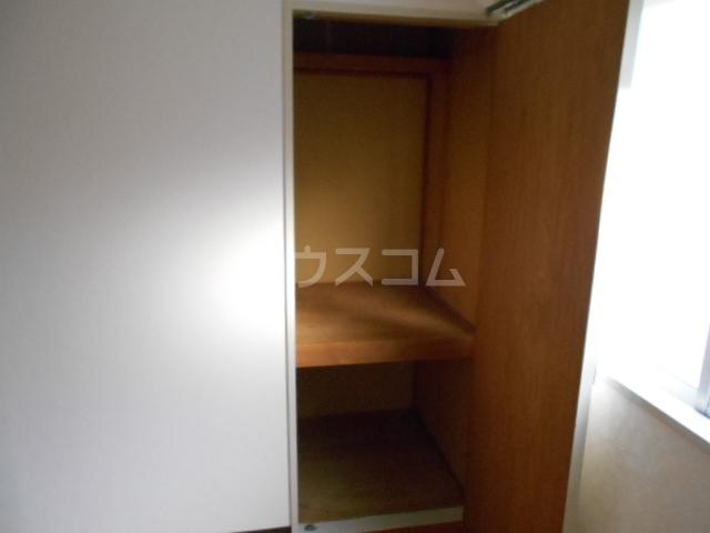 エスパシオ石田 301号室の収納