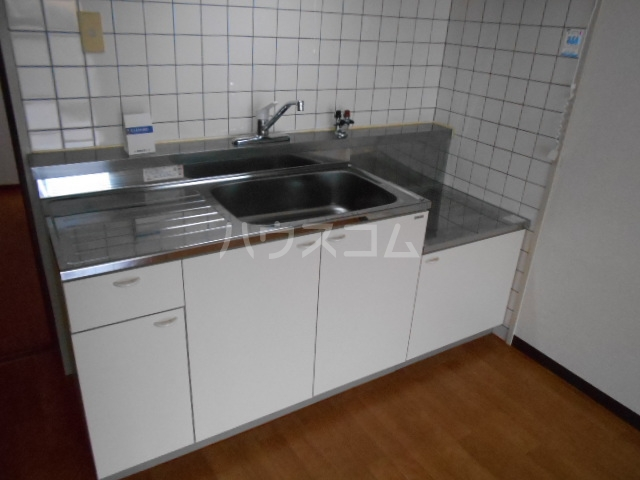 エスパシオ石田 301号室のキッチン