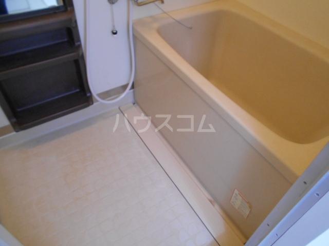 エスパシオ石田 301号室の風呂