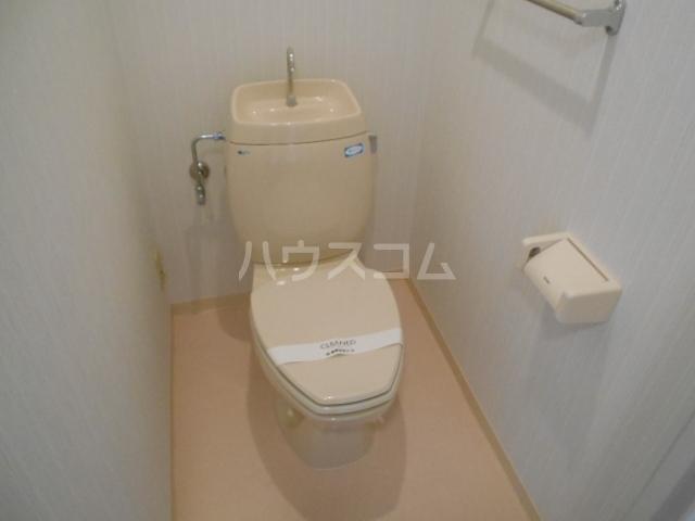 エスパシオ石田 301号室のトイレ