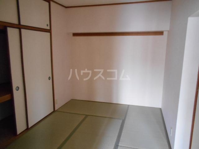 エスパシオ石田 301号室のベッドルーム