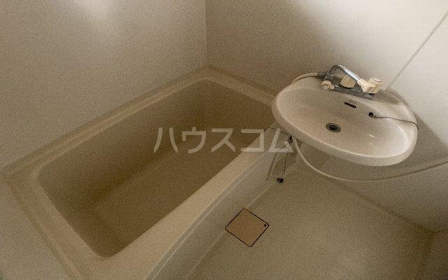 KⅢアパート 105号室の風呂