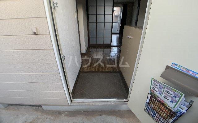 KⅢアパート 105号室の玄関