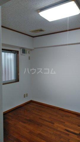 テラスヴェルデ B401号室の居室
