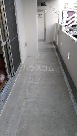 テラスヴェルデ B401号室のバルコニー