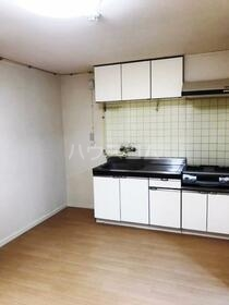 レジデンス平塚 504号室のキッチン