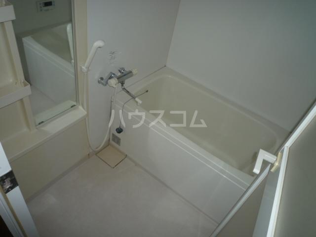 La Belle Glycin 403号室の風呂