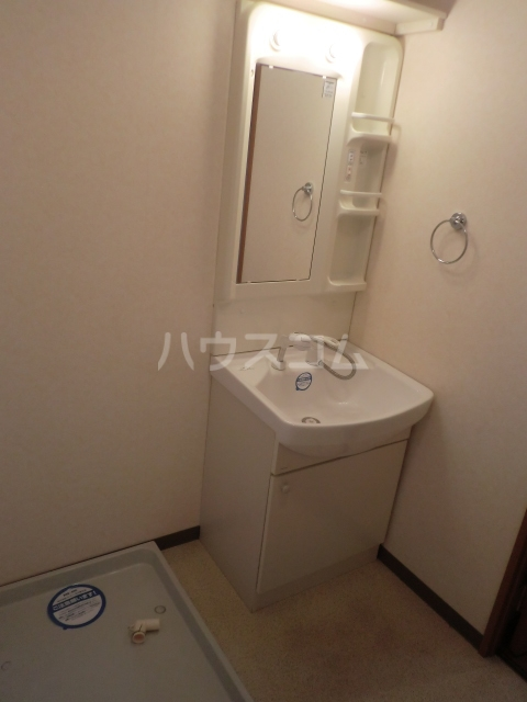 パストラルM 201号室の洗面所