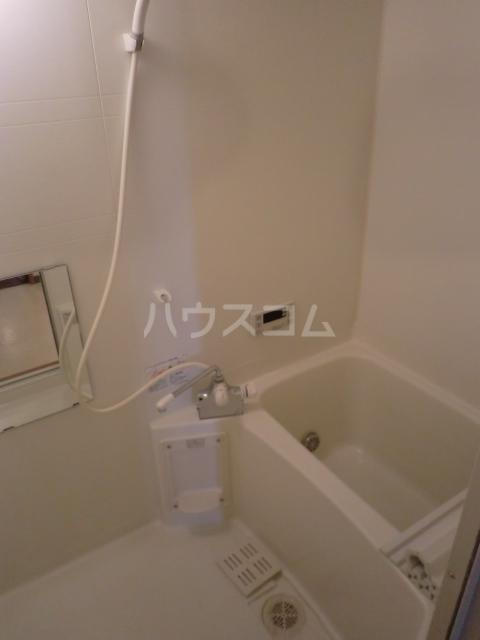 パストラルM 201号室の風呂