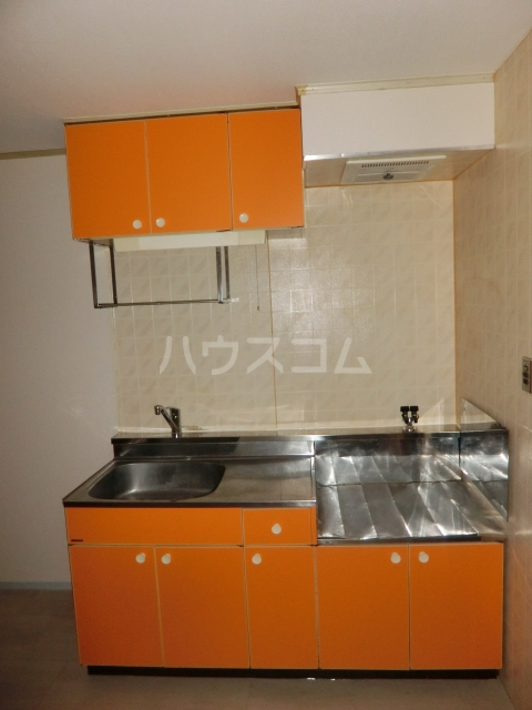 ハイツドゥエル 202号室のキッチン