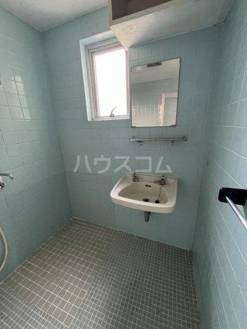 マンション泊 301号室の洗面所