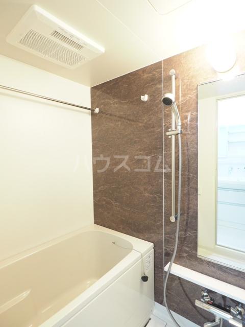 アーデルドルフ 1202号室の風呂