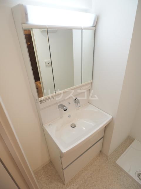アーデルドルフ 1202号室の洗面所
