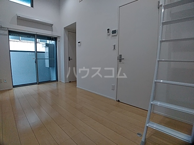 pavillon honnete biwajima 105号室のリビング