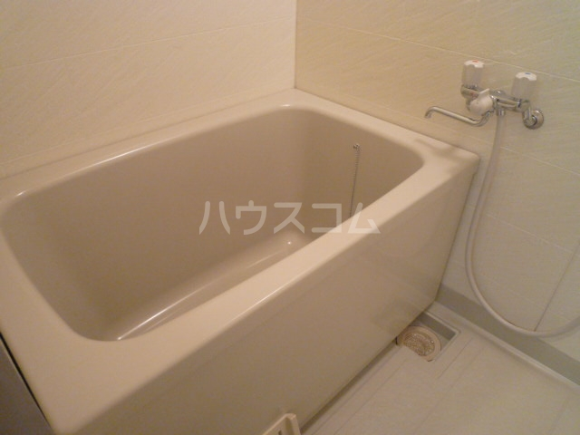 プランドール鳥羽見 302号室の風呂
