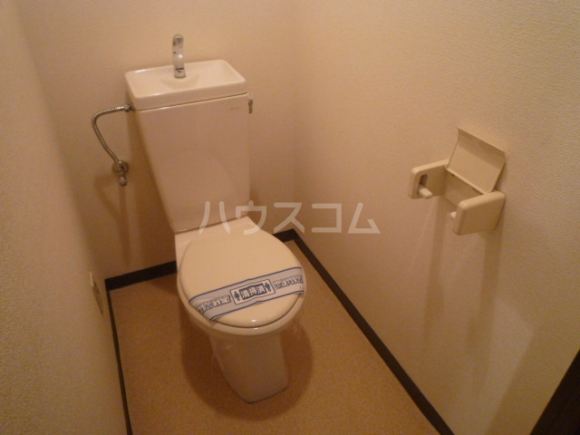 プランドール鳥羽見 302号室のトイレ
