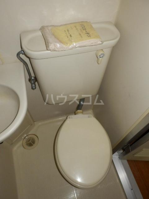 サンリバーイナダ 203号室のトイレ