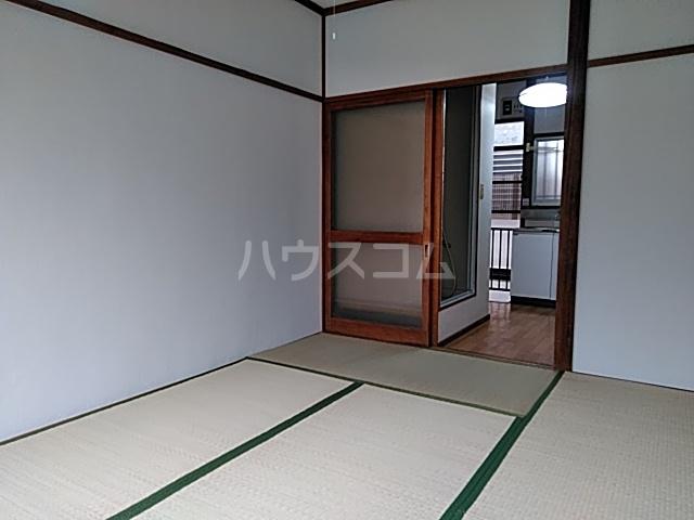 塩見荘 202号室の居室