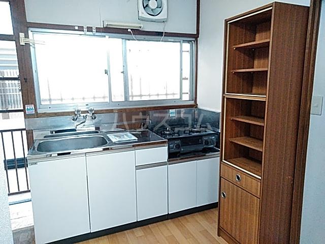 塩見荘 202号室のキッチン