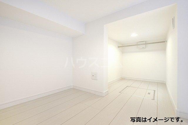 プレンフル 102号室の収納