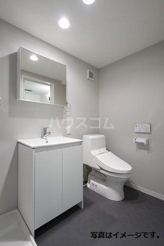 プレンフル 102号室の洗面所