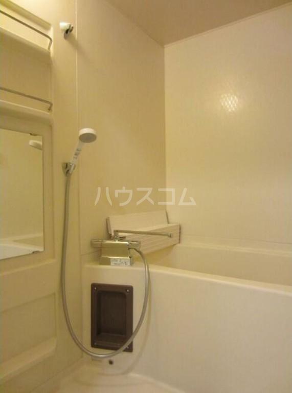 ファシネス玉川台 602号室の風呂