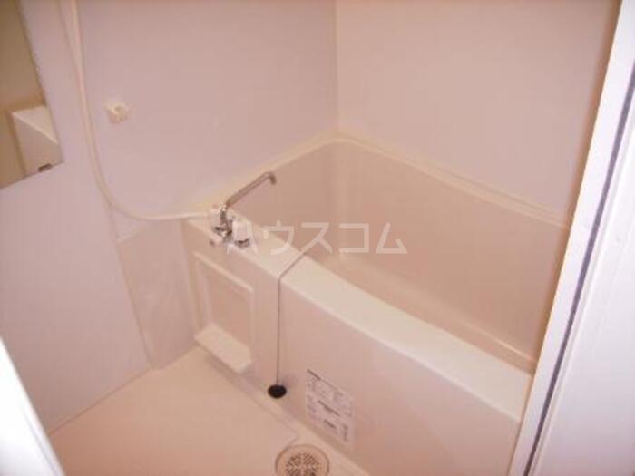 メイユール A 101号室の風呂