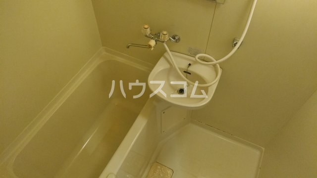 ファミーユ 309号室の風呂