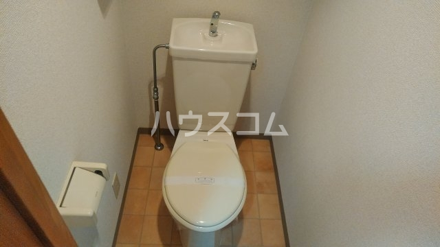 ファミーユ 309号室のトイレ