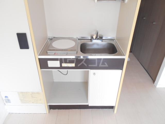コーポ飛馬 302号室のキッチン