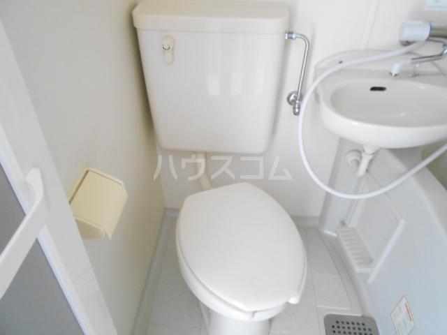 コーポ飛馬 302号室のトイレ