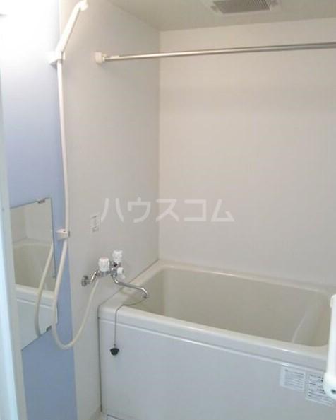 ヨコハマベイウエスト 401号室の風呂