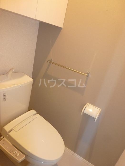 グラン 105号室のトイレ