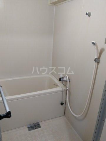 バロール代々木 401号室の風呂