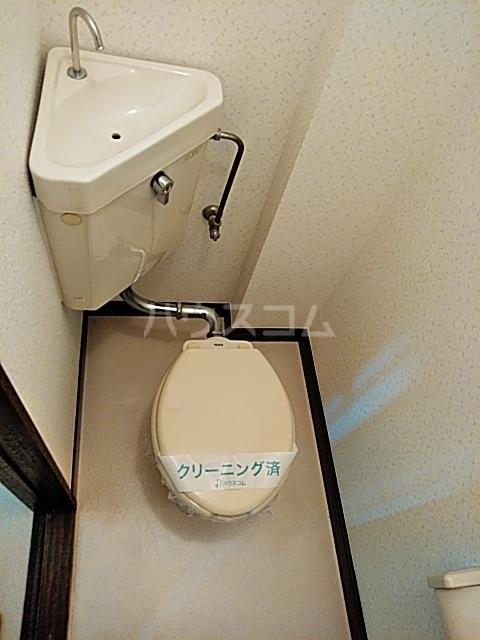 ベアーフルートハウス 301号室のトイレ