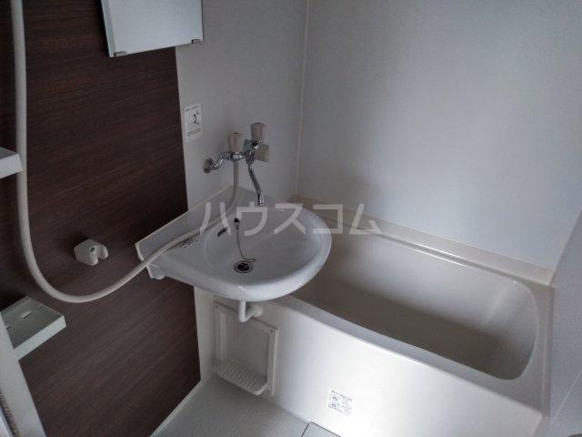 プライムテラス東海大学前Ⅰ 202号室の風呂