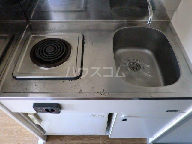 プレスイン山王 4D号室のキッチン
