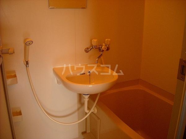 ヴェルテ 203号室の風呂