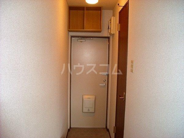 ヴェルテ 203号室の玄関
