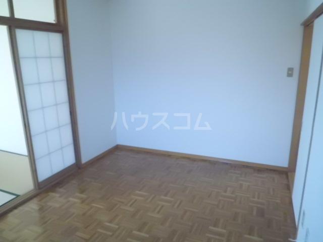 アーク浅井 102号室のベッドルーム