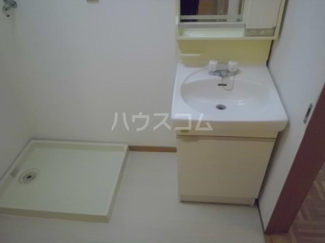 アーク浅井 102号室の洗面所