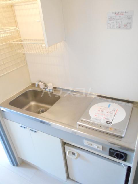 KFコーポ 502号室のキッチン