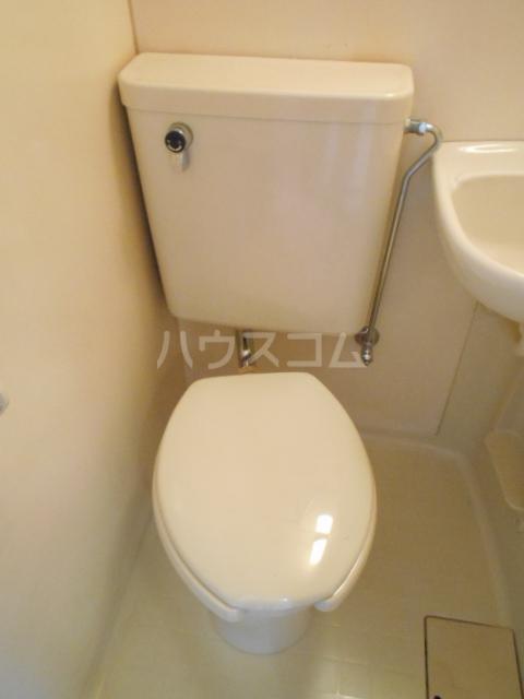 KFコーポ 502号室のトイレ
