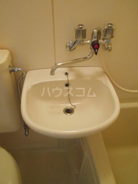 KFコーポ 502号室の洗面所
