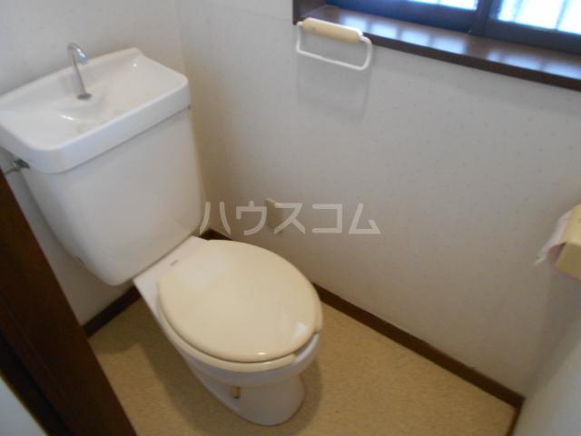 ハイツ市原 103号室のトイレ