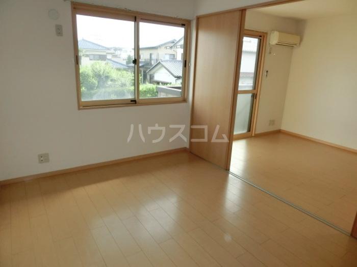 アムール・ソフィアⅠ 201号室のバルコニー