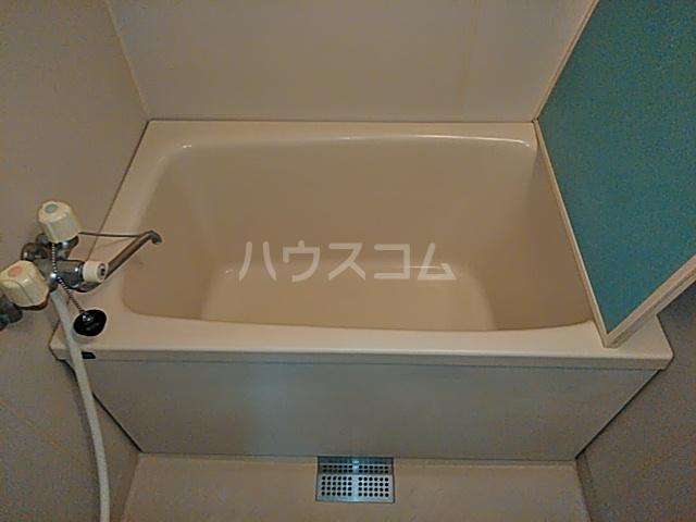 第2みなせハイツ 303号室の風呂